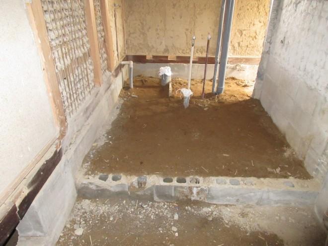 浴室、洗面室の解体後の様子