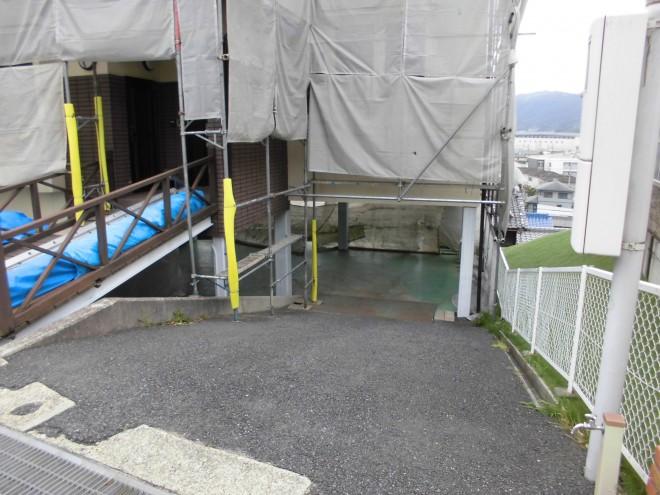 外部改修工事の様子